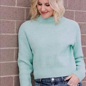 Free people woman's Too Good sweater size Small.